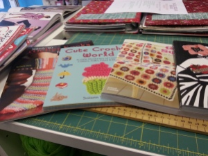 Granny Square - Susan Pinner - 20 Crochet projects with a vintage vibe. Cute Crochet World - Suzann Thompson. Learn to Crochet Socks - Darla Sims