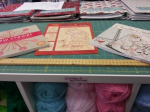 Doodle Stitching - Aimee Ray. Work & Play Redwork Through the Day. New Crewel The Motif Collection - Katherine Shaughnessy.